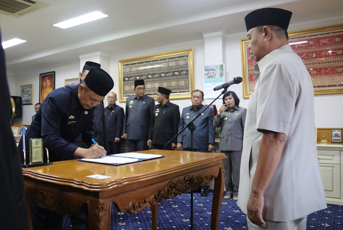 Wagub Bachtiar Lantik 2 Pejabat Pimpinan Tinggi Pratama: Taufik Hidayat dan Fachrizal Darminto