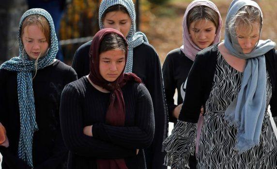 Mahasiswa hingga Polisi Perempuan Selandia Baru Kompak Kenakan Jilbab