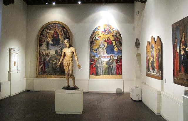 Informações sobre o Museu Nacional de Villa Guinigi em Lucca