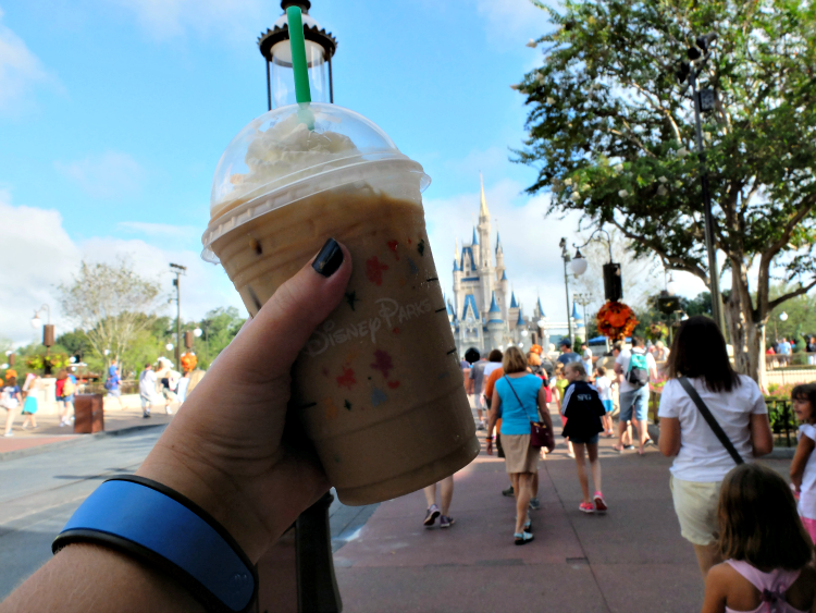 Walt Disney World, Magic Kingdom, Starbucks