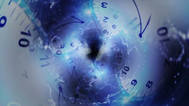 Para Penjelajah Waktu - Melompati Zaman Yang Berbeda