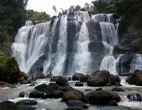 curug malela Tempat Wisata Alam Di Bandung Dan Sekitarnya