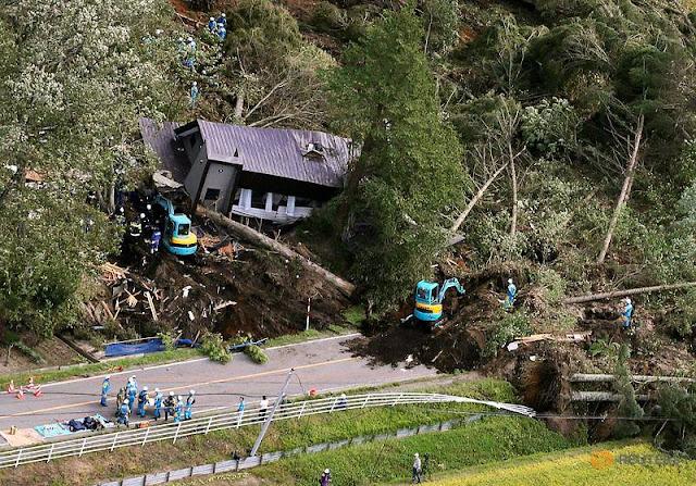9 dead, dozens missing after powerful earthquake hits Japan's Hokkaido