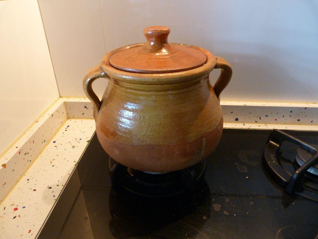 Cocina antiestr s la apat a en la cocina alubias rojas de tolosa con chorizo y costillas - Alubias rojas con costilla ...