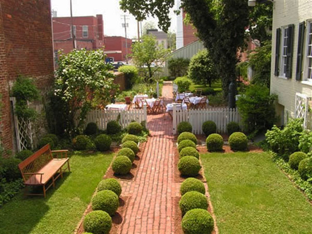 Simple - House - Garden - Design & This How to Make a Simple Minimalist House Garden Design Read Article