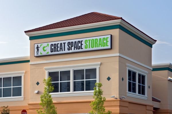 How to secure your storage unit?