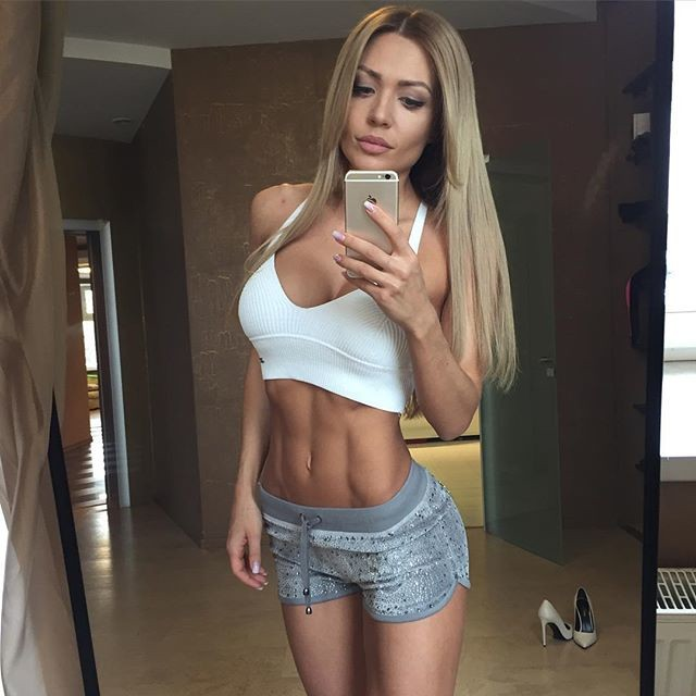 Russian Fitness Model Ekaterina Usmanova 1