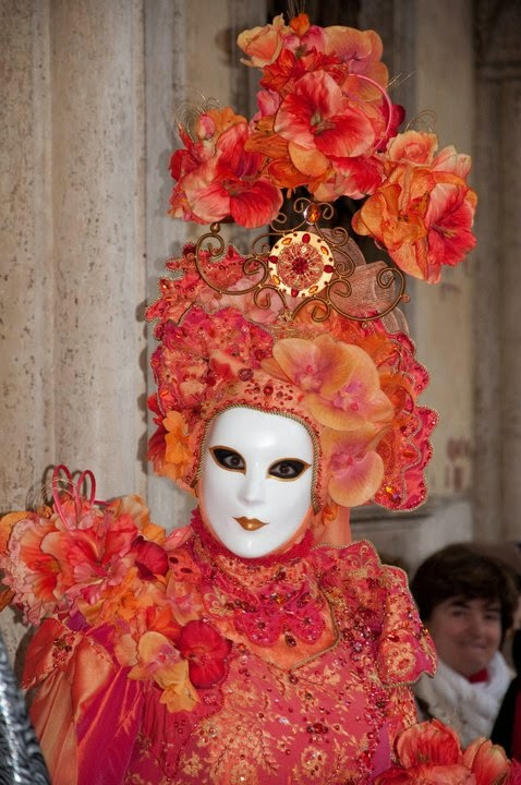 A sumptuous mask at the Carnival in Venice