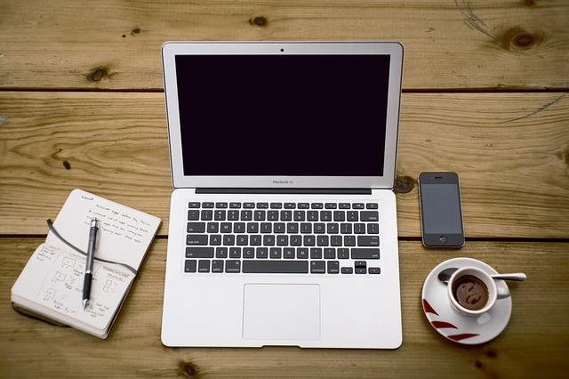 12 Alat Dasar untuk Bisnis Penulisan Lepas Anda