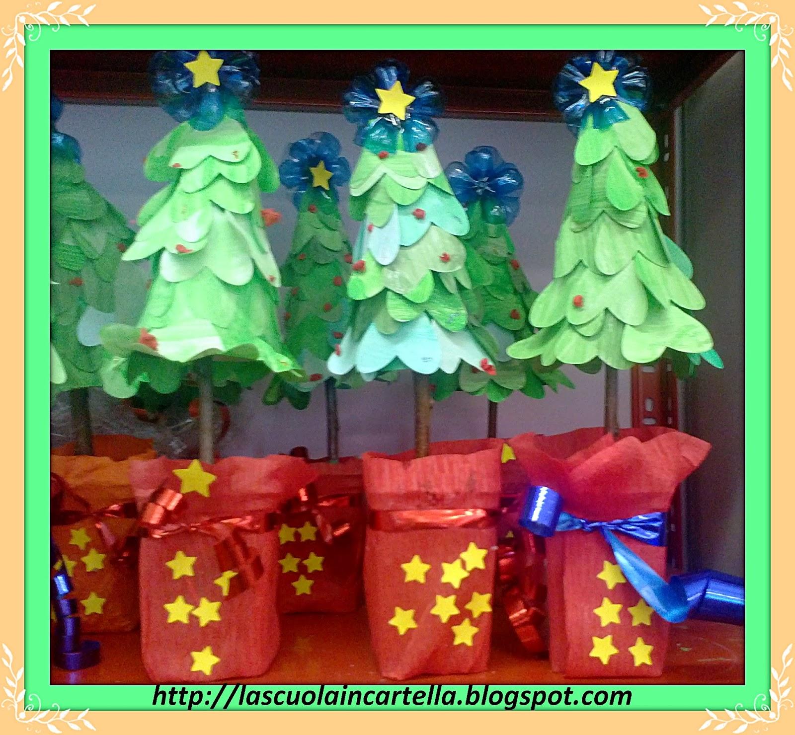 La scuola in cartella alberello ricicloso e bigshottoso for Addobbi natalizi per la classe