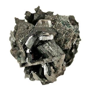 la estefanita es un mineral argentinfero es decir rico en plata