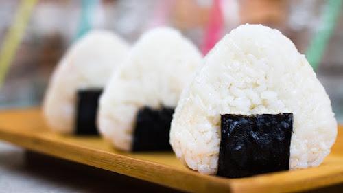 Aprende a preparar Onigiri