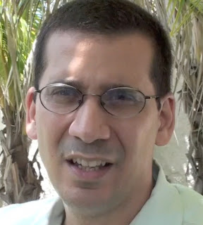 Cuban dictatorship critic Antonio Rodiles