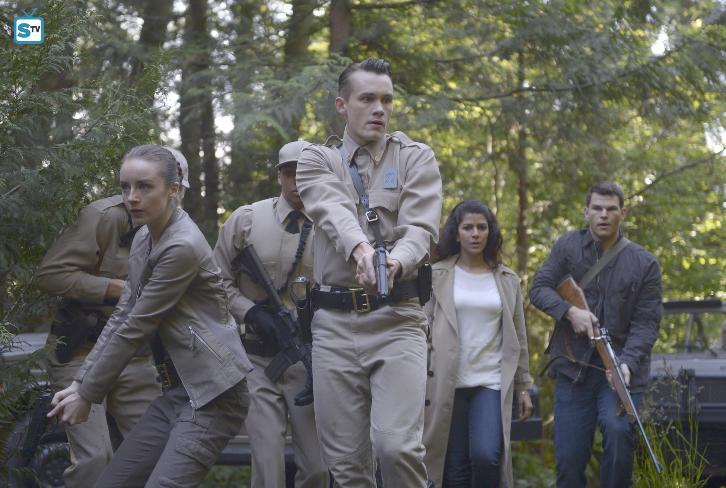 Wayward Pines - Episode 2.08 - Pass Judgment - Promo, Promotional Photos & Press Release