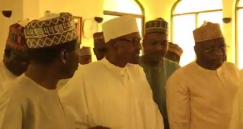 Buhari Attends Juma'at Service