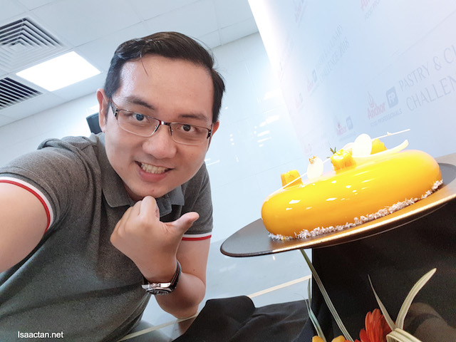 Anchor Food Professionals Pastry & Culinary Challenge 2018 @ KDU University College .. This cake won.. :)