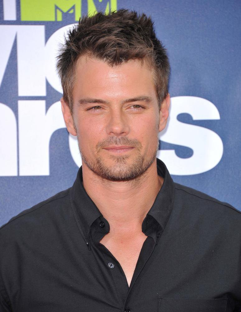 JOSH DUHAMEL HOLLYWOOD ACTOR PROFILE STATUS UPDATES ...