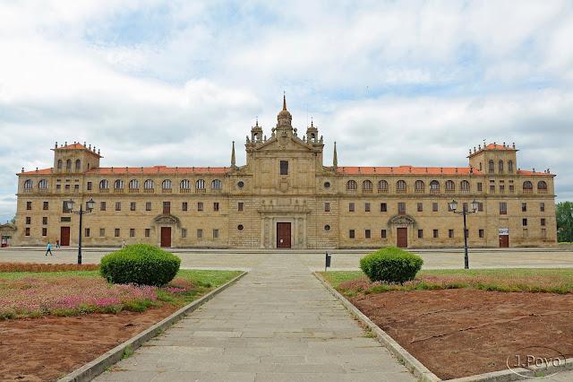 Colegio de Nuestra Señora de la Antigua. Monforte de Lemos