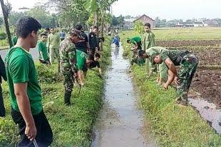 Koramil 0810/06 Kertosono Bersama Komponen Masyarakat Laksanakan Karya Bhakti TNI