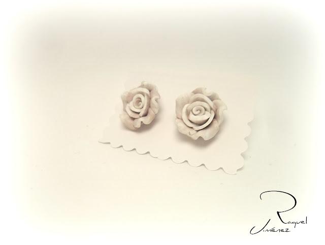 pendientes con flores