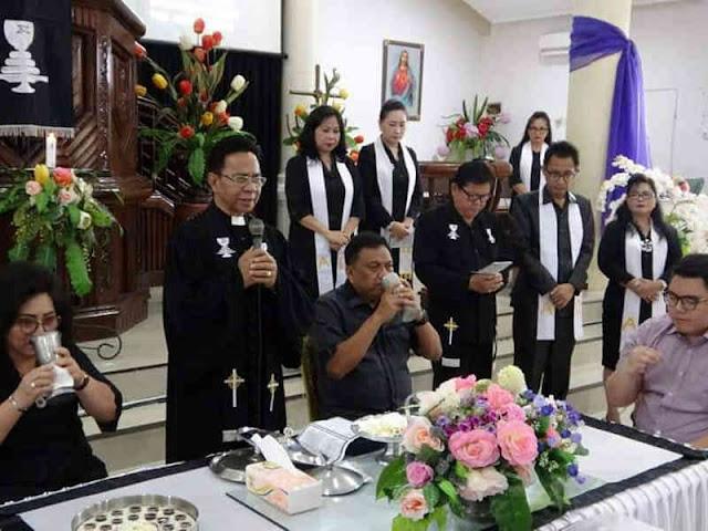 Olly Dondokambey Ibadah Jumat Agung Bersama Jemaat GMIM Eben Haezer Bumi Beringin