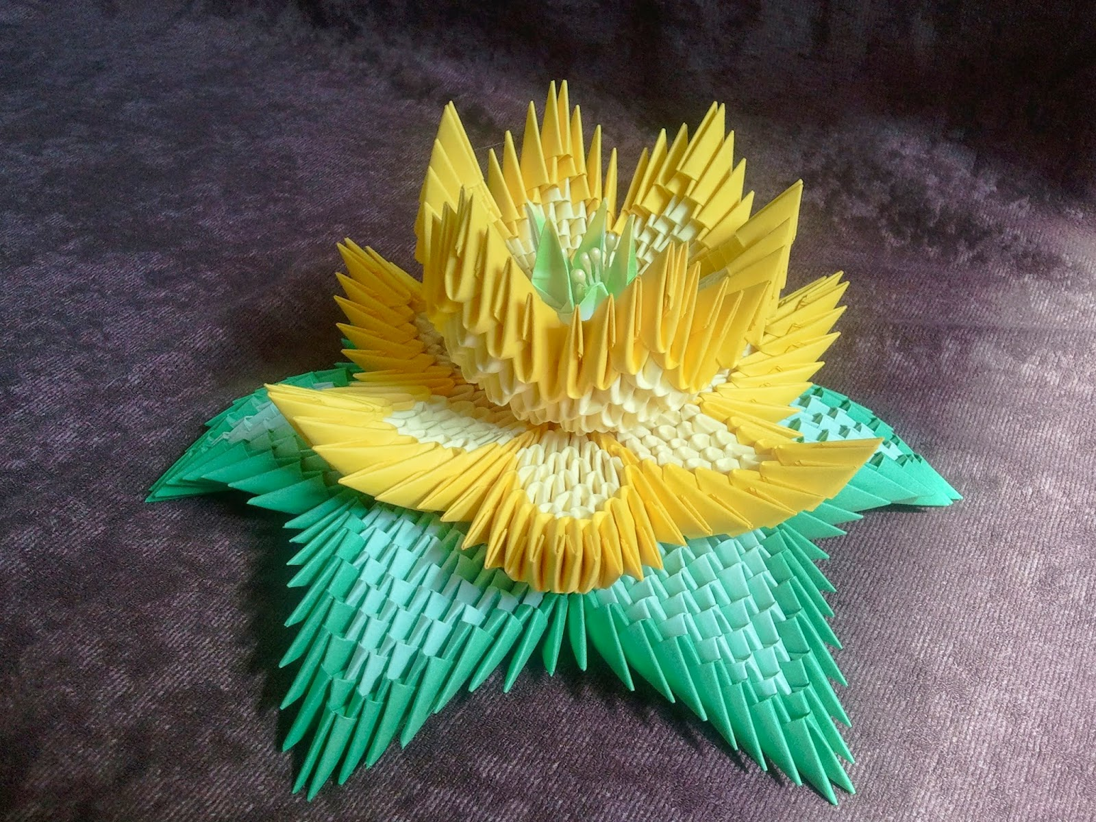 How To Make An Origami Lotus Flower - Folding Instructions ...   1200x1600