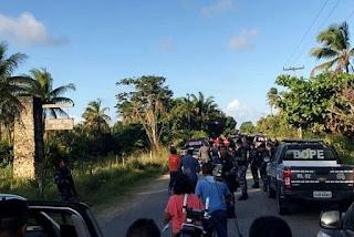 Após três horas de negociação, suspeitos de explodir carro-forte se entregam à polícia