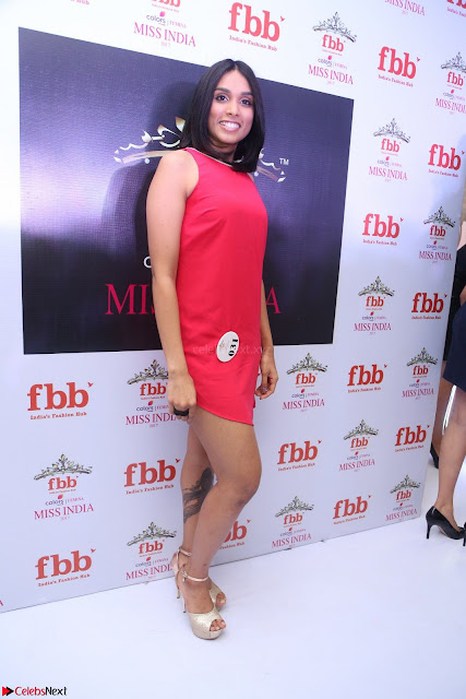 Spatika Surapaneni in Red Tight Dress at FBB Miss India 2017 finalists at Telangana auditions Feb 2017 (1).JPG