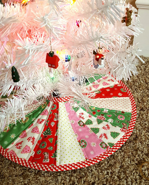 Little Joys Christmas Tree Skirt by Heidi Staples for Fabric Mutt