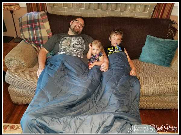 Montem Has the Perfect Camping Blanket for Your Summer Adventures + Camping Blanket #Giveaway