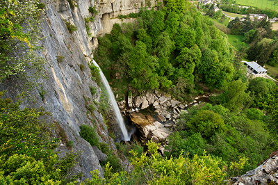 Cerveyrieu waterfall