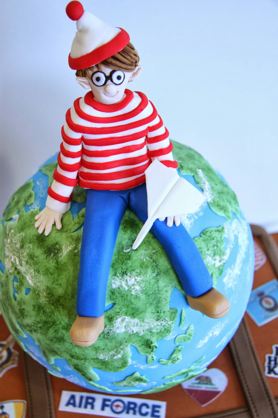 Leonie S Cakes And Parties Where S Wally Cake