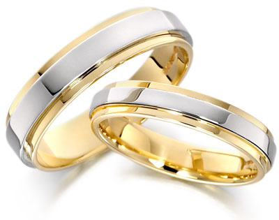 Fotos alianzas de boda entrelazadas