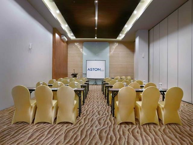 Semeti Meeting Room - Aston Inn Mataram Lombok