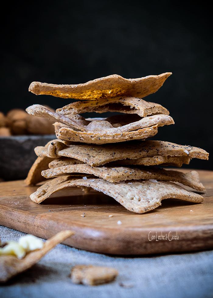 Crackers de espelta y trufa
