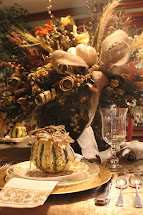Sister' Crazy Thanksgiving Table Stetting And Decoration