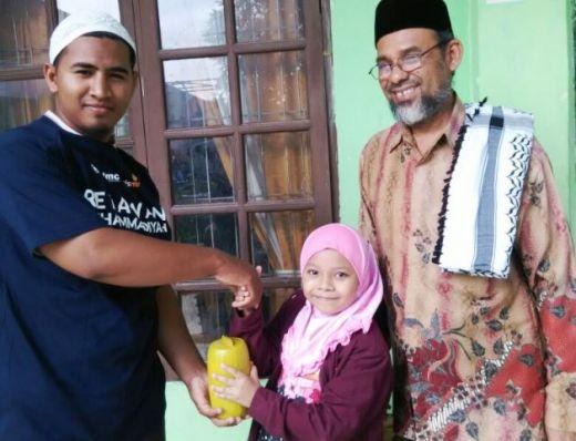 Peduli Aceh, Bocah Ini Sedekahkan Seluruh Isi Celengannya Untuk Korban Gempa