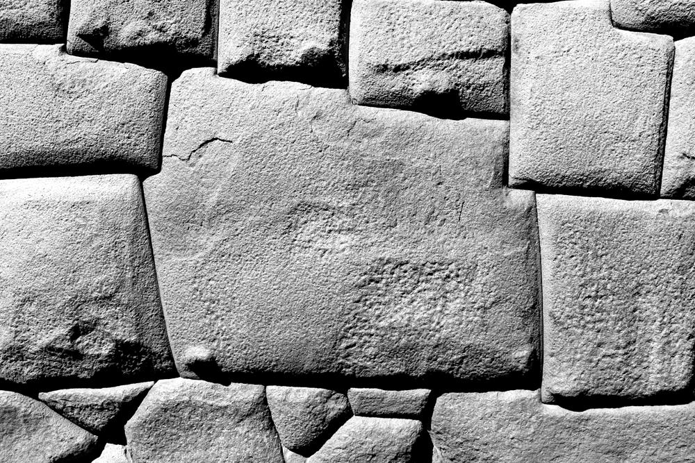 Twelve angle stone in Cusco, Peru - lifestyle & travel blog