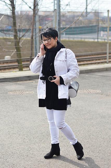 biała katana 1