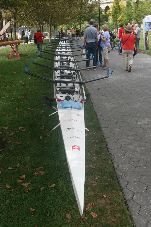 gwadzilla: Rowing    my older son is a Freshman in High School and