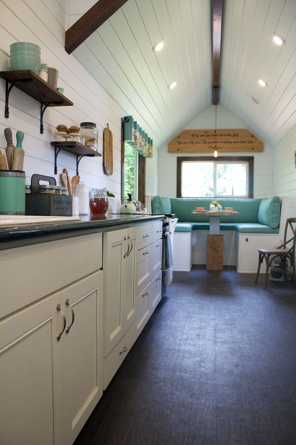 Tiny House Town Tiny Heirloom S Southern Charm Tiny House