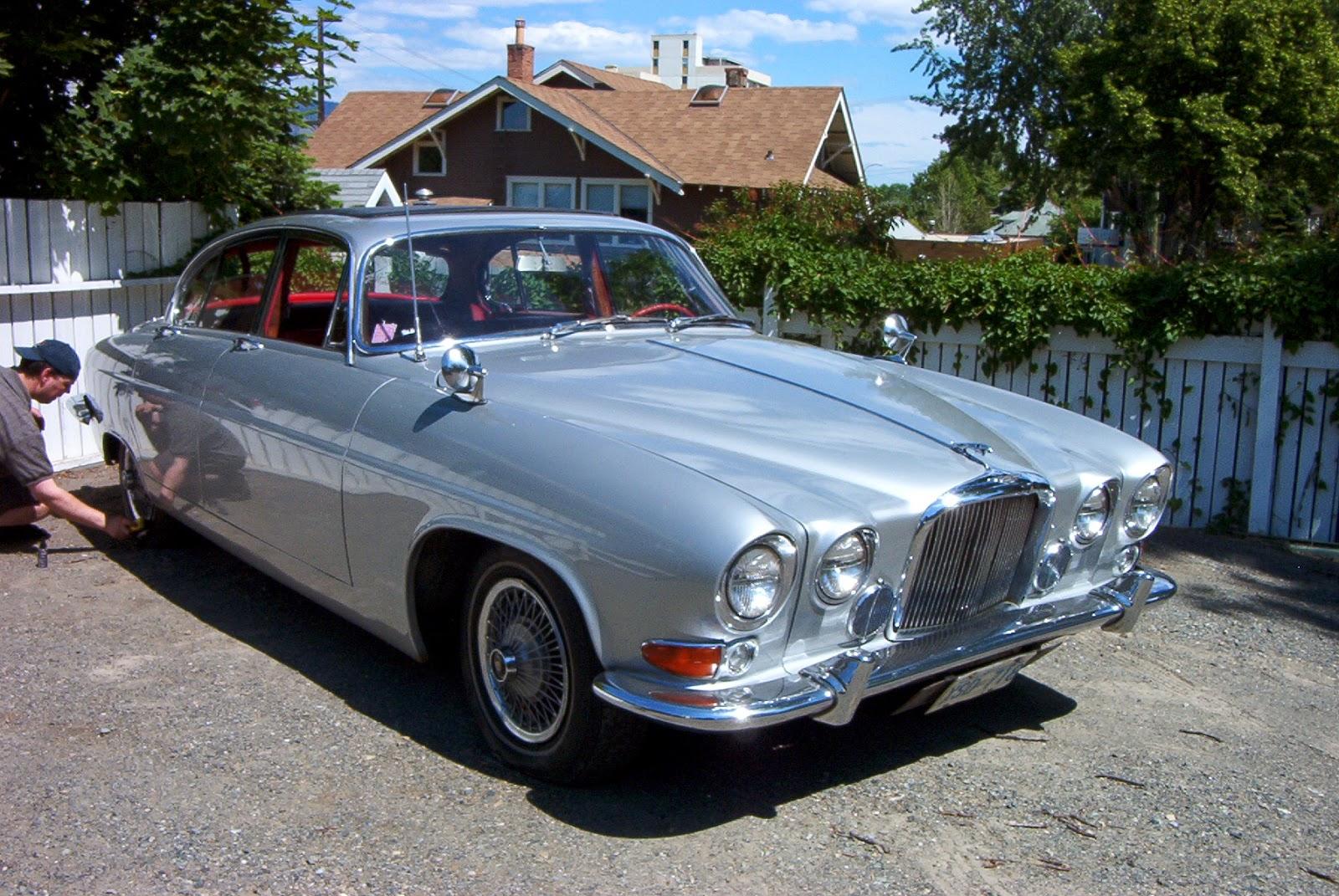 ZionCars: Jaguar Mark X (1965)