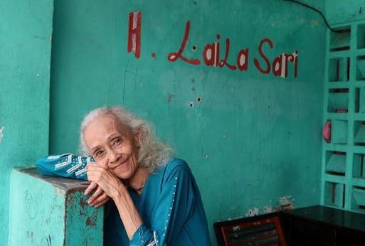 https://www.cnnindonesia.com/hiburan/20171120205409-234-256978/laila-sari-meninggal-dunia-di-usia-82-tahun/
