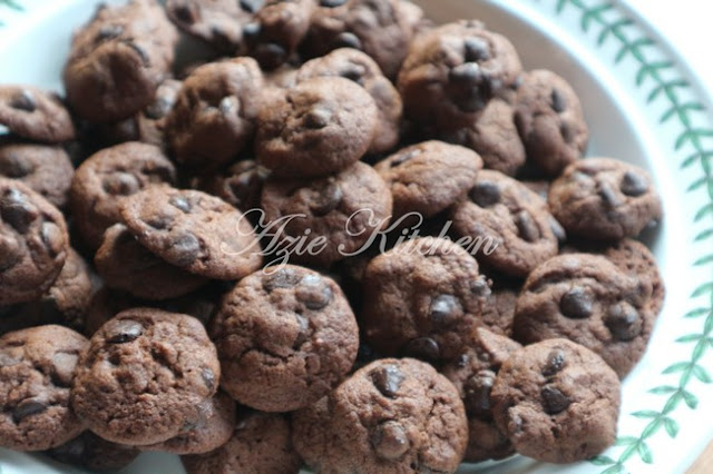 Akhirnya homemade cookies kami telah berjaya dipasarkan dengan jenama Bake  Homemade Cookies Bake & Munch Yang Pasti Anda Gemari