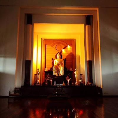 patung budha emas semarang indonesia