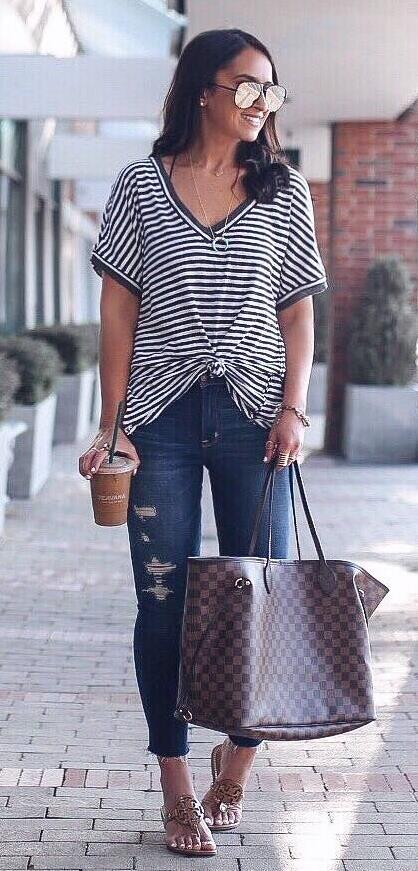 cool outfit / striped t-shirt + plaid bag + ripped jeans