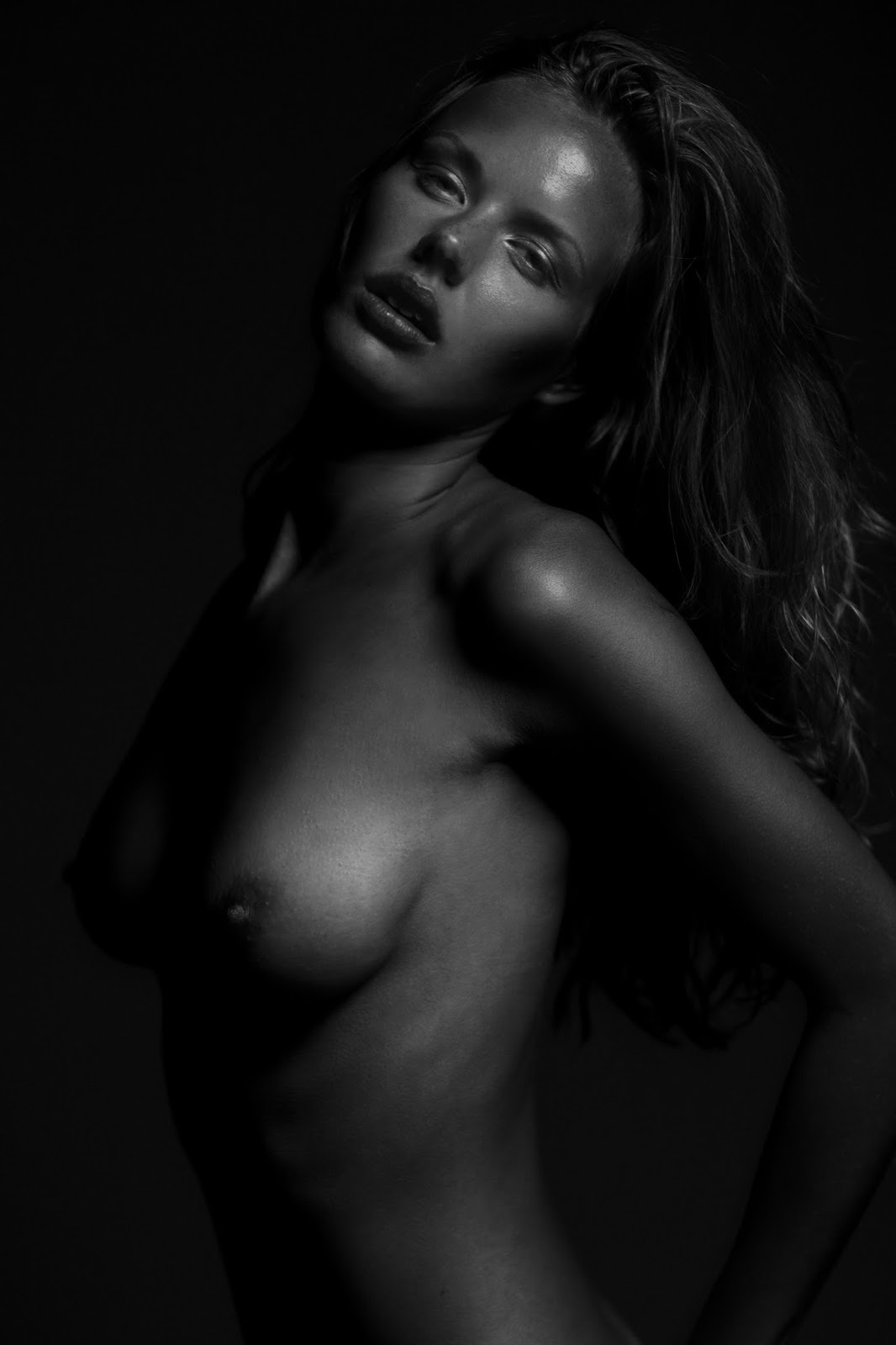 Marlijn hoek topless photos new pictures