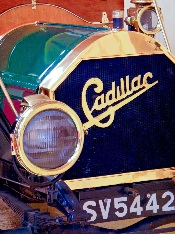 Detalle de Cadillac Roadster en Torre Loizaga, Rolls-Royce