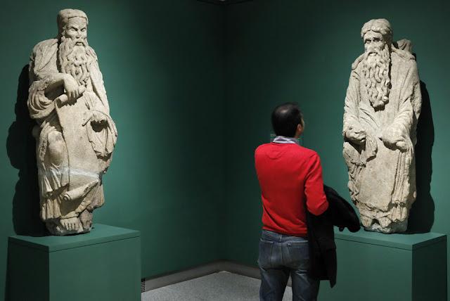Master Mateo in the Museo del Prado