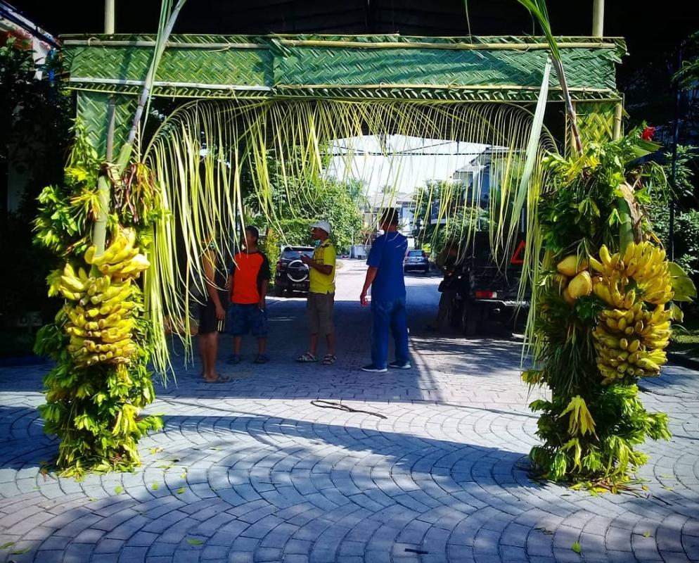 Janur Kuning Gapura Tenda